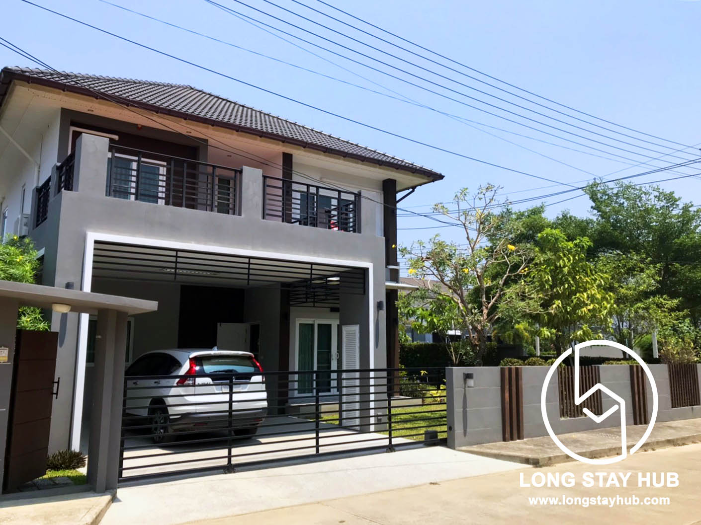 (Rented) Modern Spacious 4 Bedroom House in Village For Rent at Hang Dong