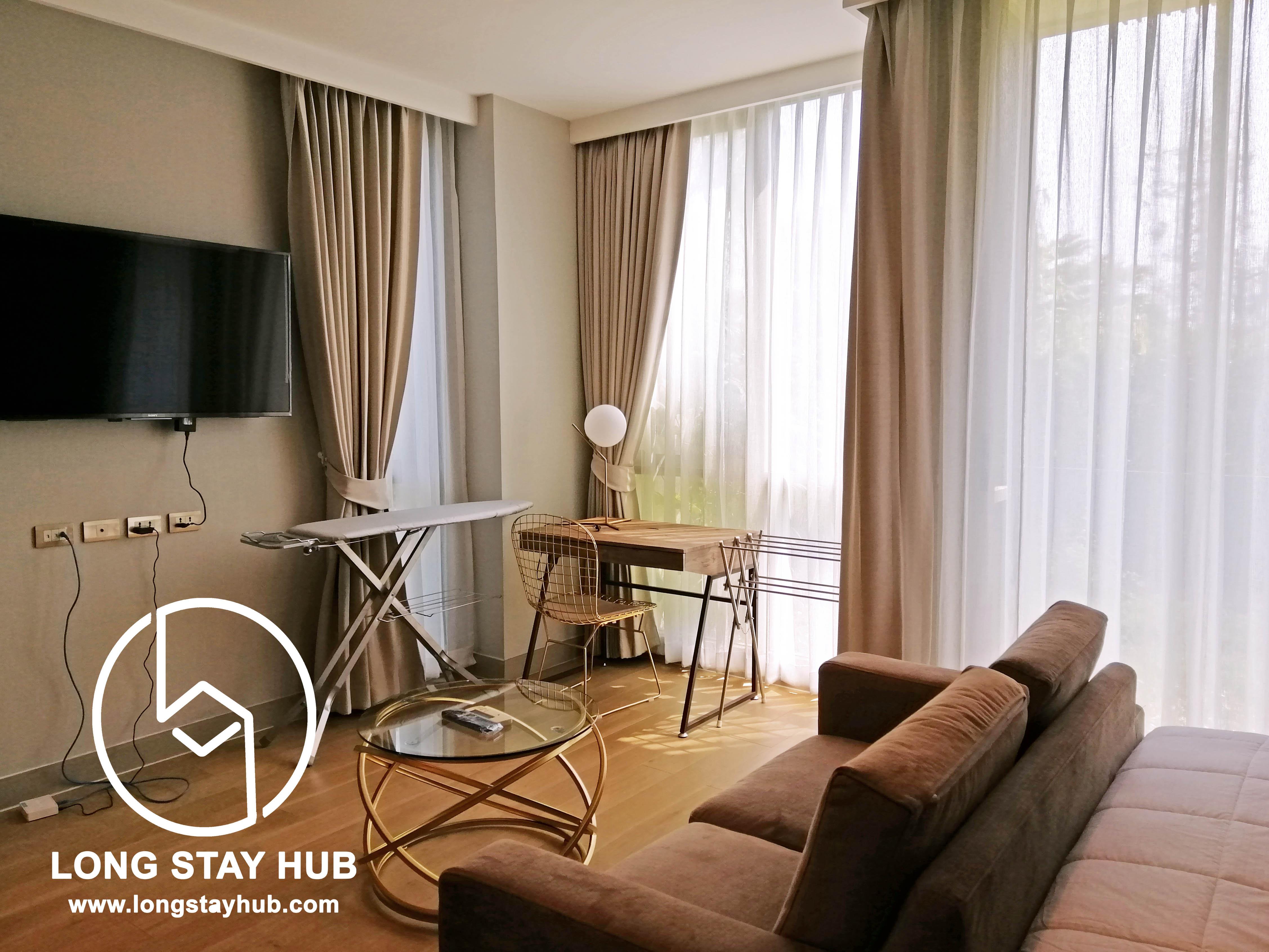 Deluxe Studio fully furnished for rent At Hilltania Condominium