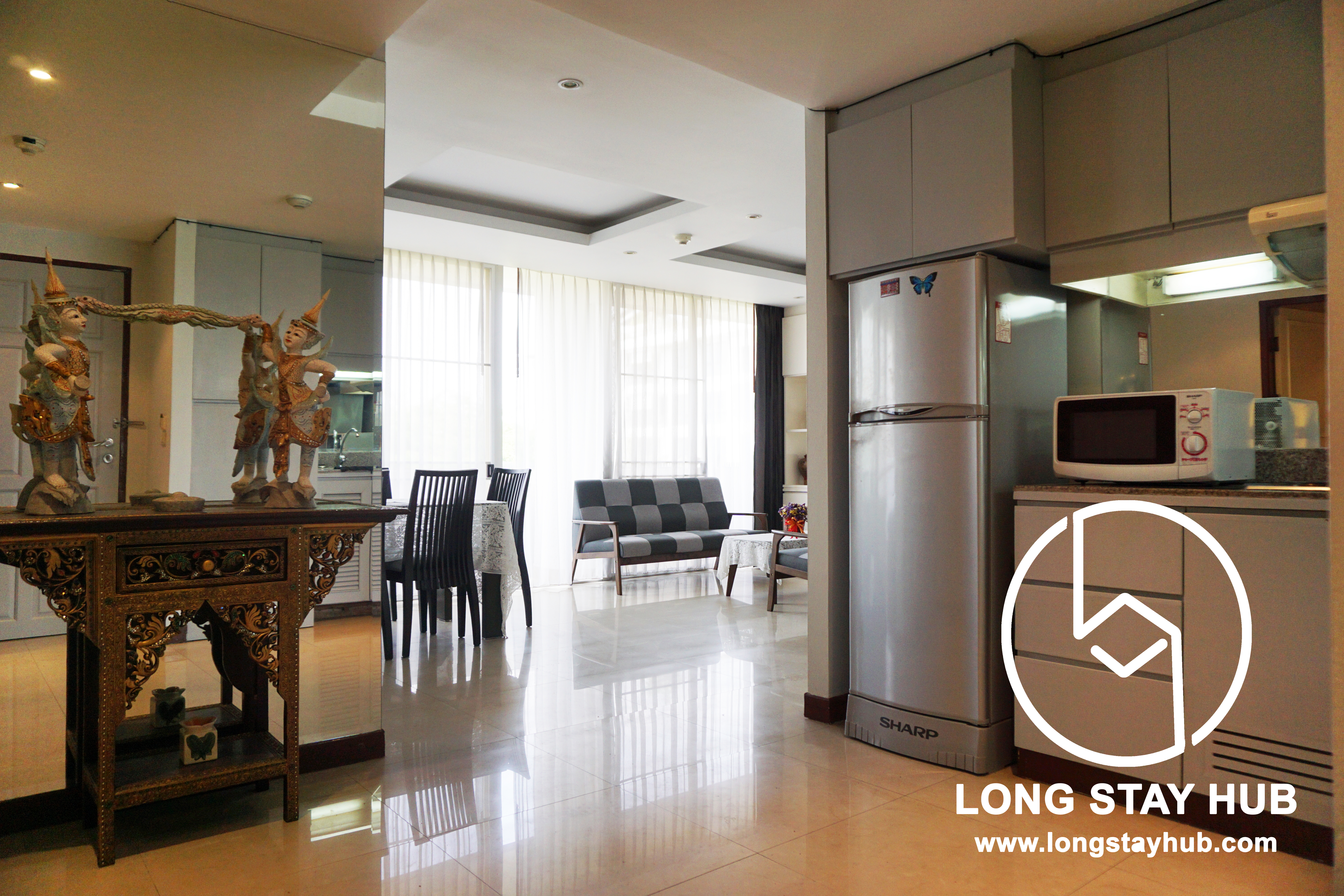 Fully furnished 2 Bedroom at Twin Peaks Condominium