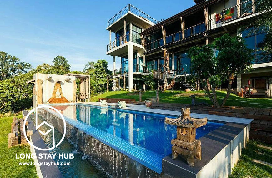 Picturesque paady view pool villa in Lanna style at Mae Rim