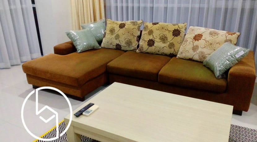 One-bedroom corner condominium at Peak Garden for sale
