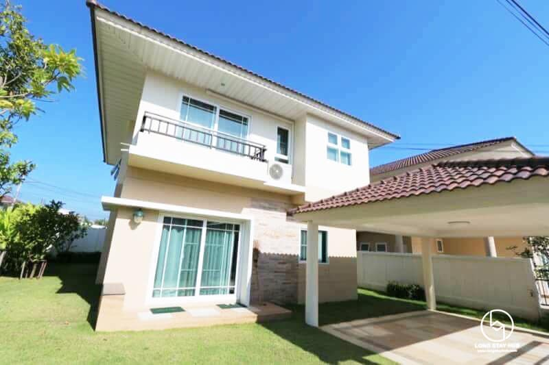 Luxury single house in Modern Contemporary style At Supalai Parkville Chang Phueak