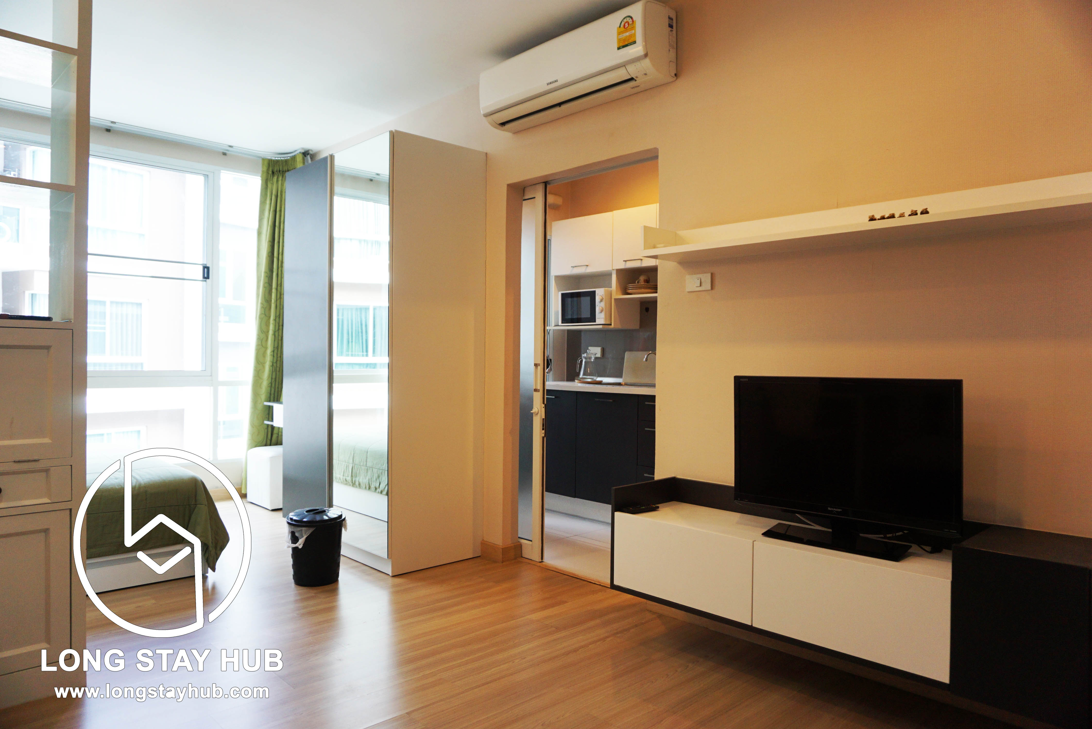 Functional and Well located Pool view Studio Room at One Plus Condoinium Klong Chon 2