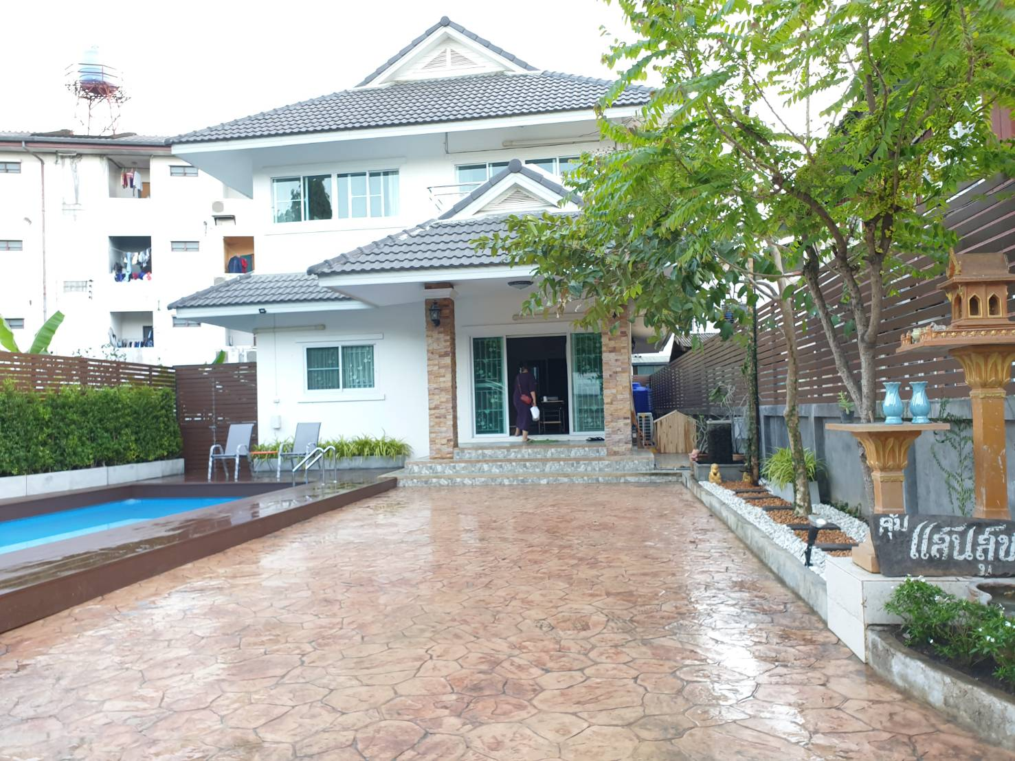 (Rented)Four-bedroom house near Nimman Road