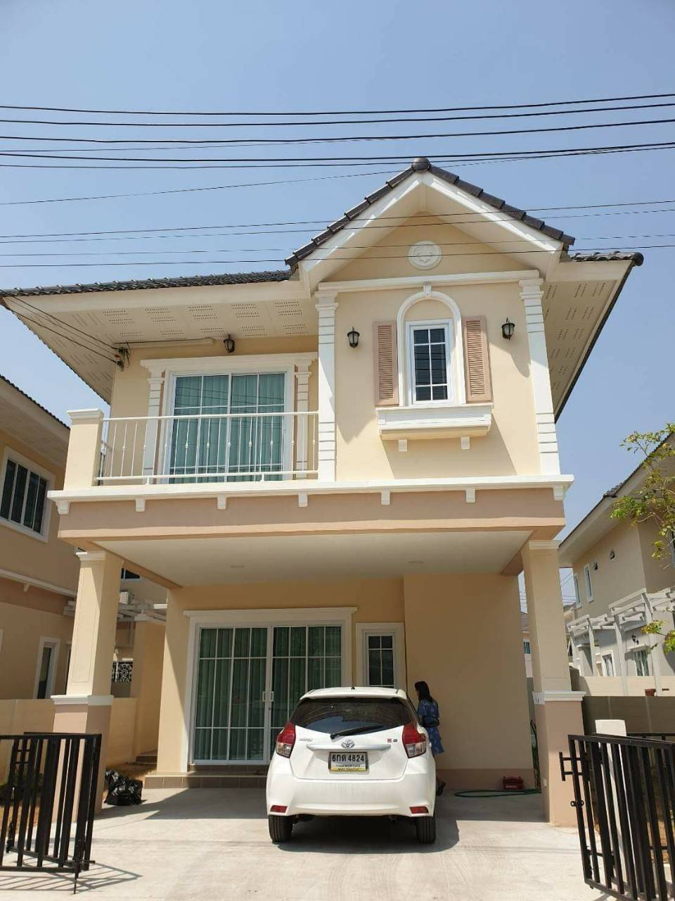 Newly Build 2 Storey Fully Furnished at Diya Valley Saraphi Available for RENT