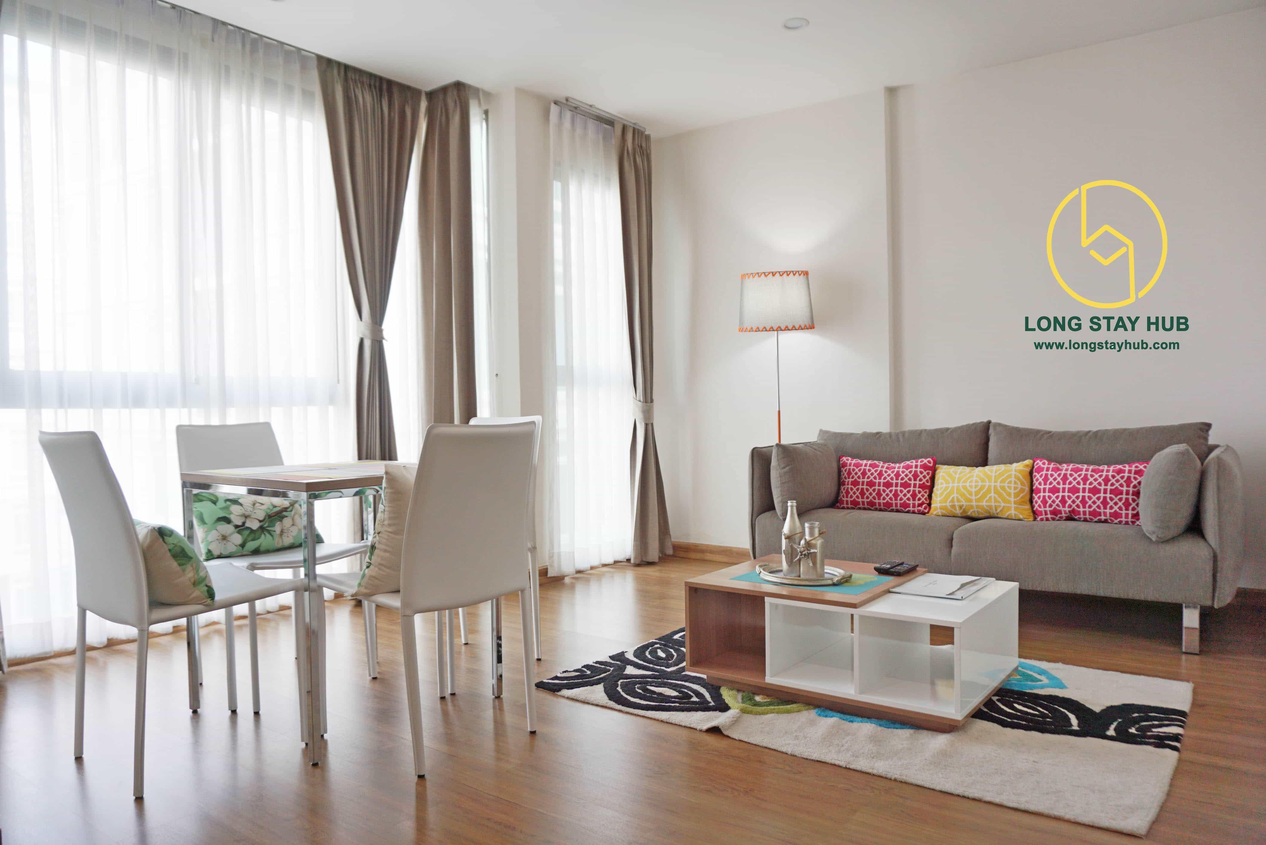 A 45 square-meter studio bedroom in the heart of Nimmanhaemin road.