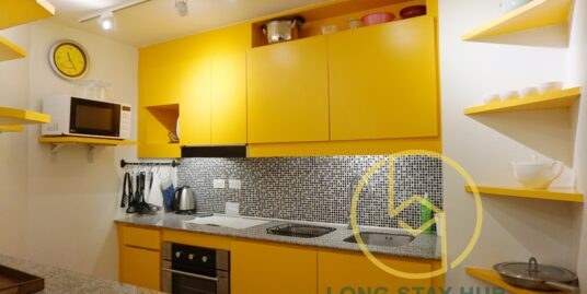 Spacious and Well-decorated 4th floor Condo at Doi Ping Mansion
