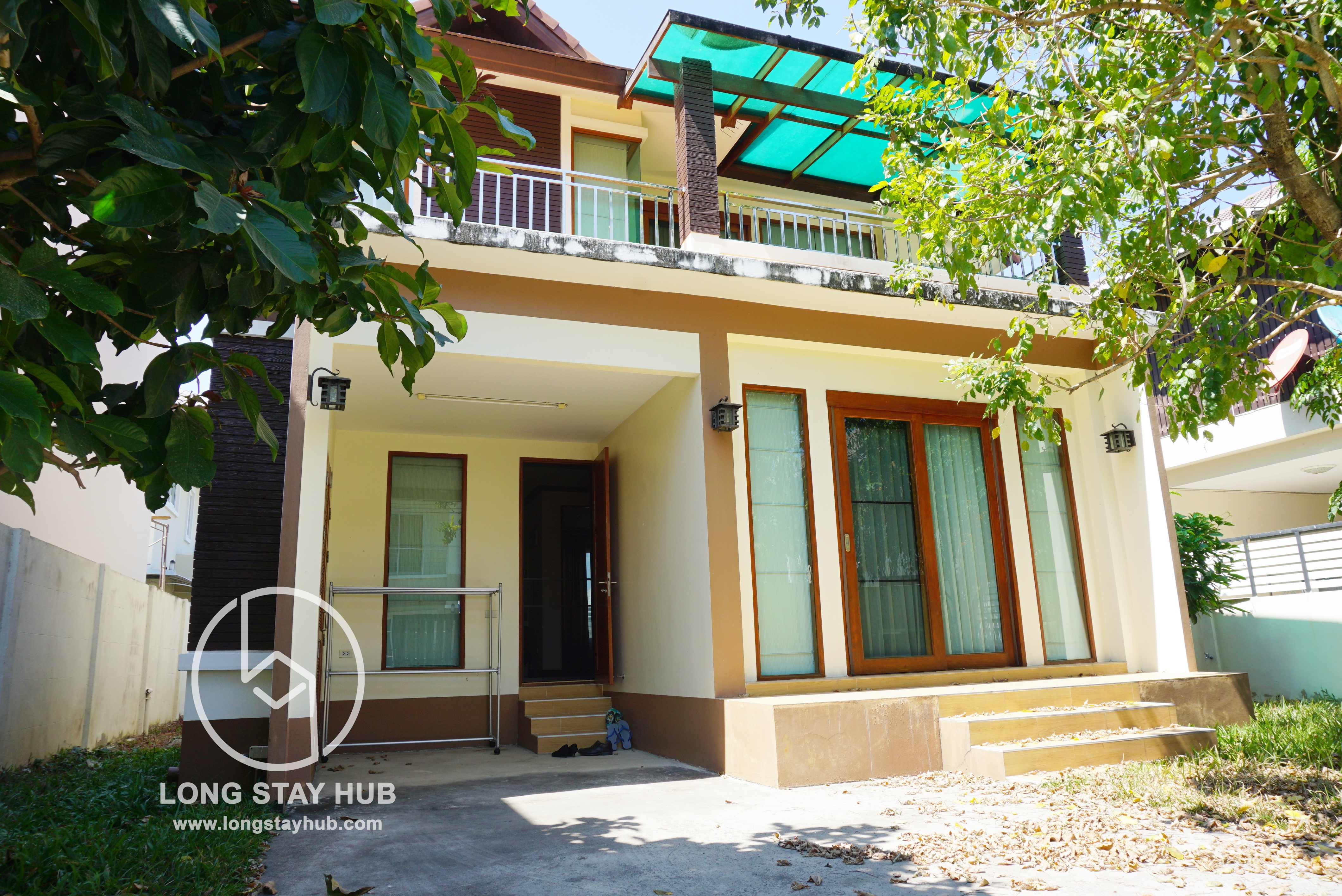 2 Story House For rent in Mae Here Area