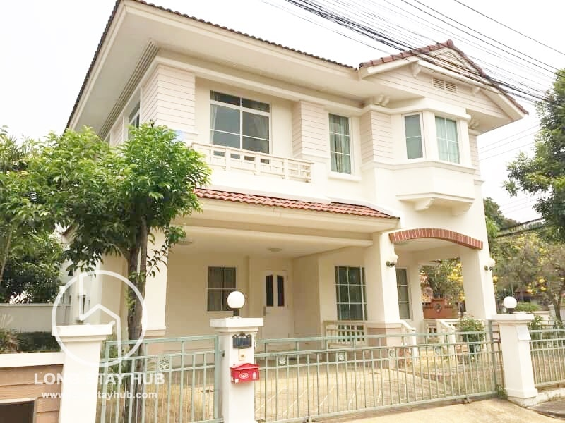 (RENTED) Fully Furnished 2-Storeys Three Bedroom House For Rent At Siwalee Klong Chol on canal Road